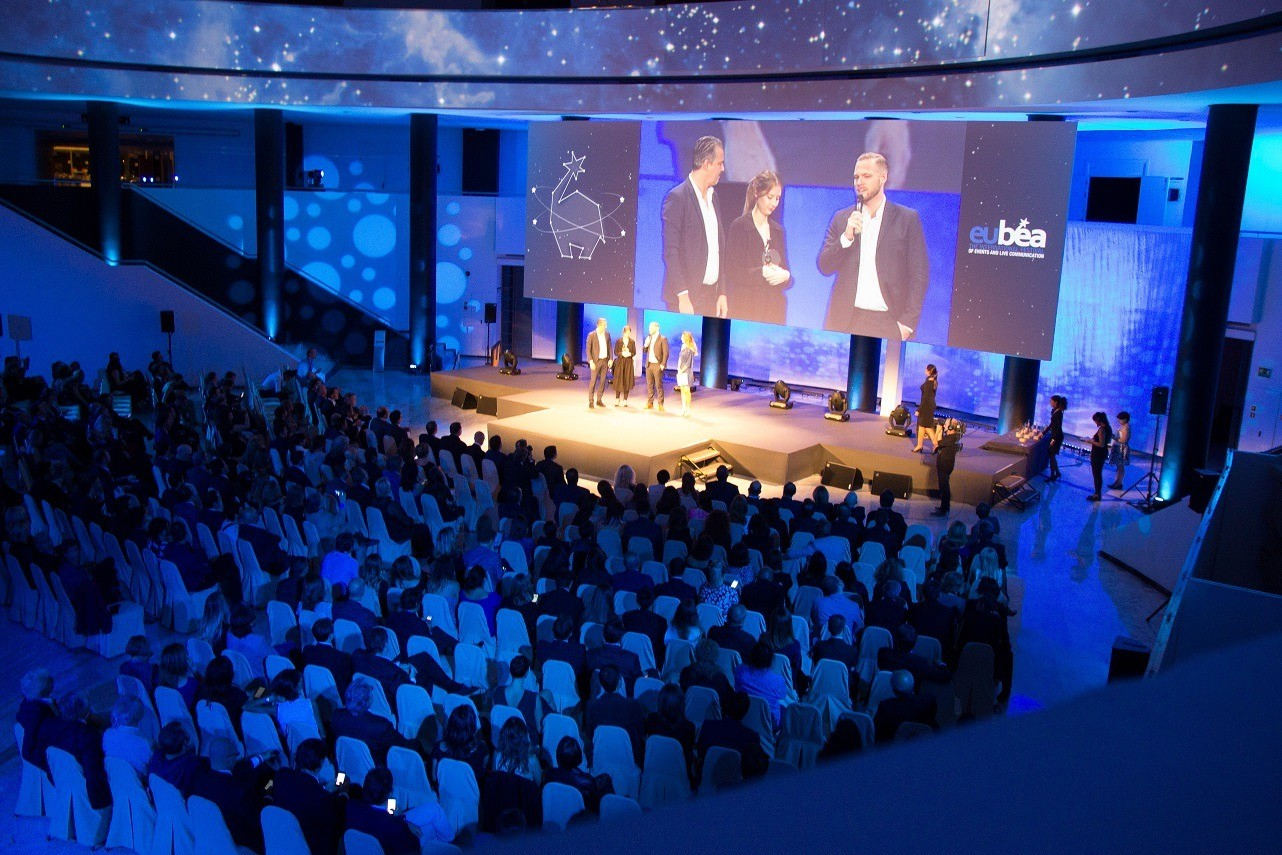 EuBea 2014: Two days of intense training and full of enthusiasm. Discover the Podium