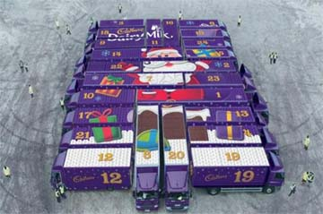 UK – Cadbury creates a gigantic Advent Calendar out of delivery trucks