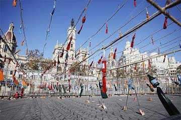 SPAIN – Loads of powder to showcase the history of the most famous Valencian celebration