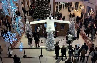 UK – Intu makes virtual reality an absolute reality with new Christmas experience