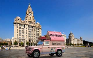 UK – The Persuaders and Benefit bring the Brow Mobile to the UK
