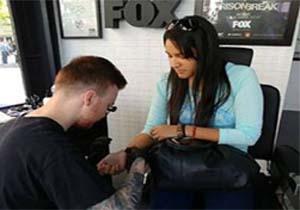 SPAIN – A temporary tattoo studio in Callao for the return of Prison Break