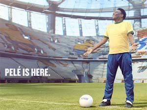 Piranha Bar bring stadium to life for football legend Pelé and Snickers